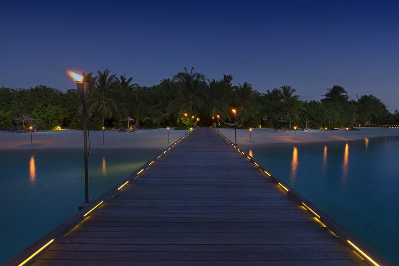 娜拉杜岛 Naladhu Private Island Maldives4.jpg